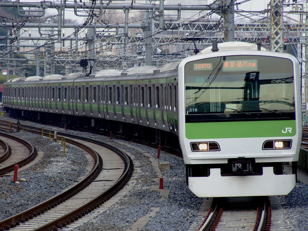 A JR train of Yamanote Line