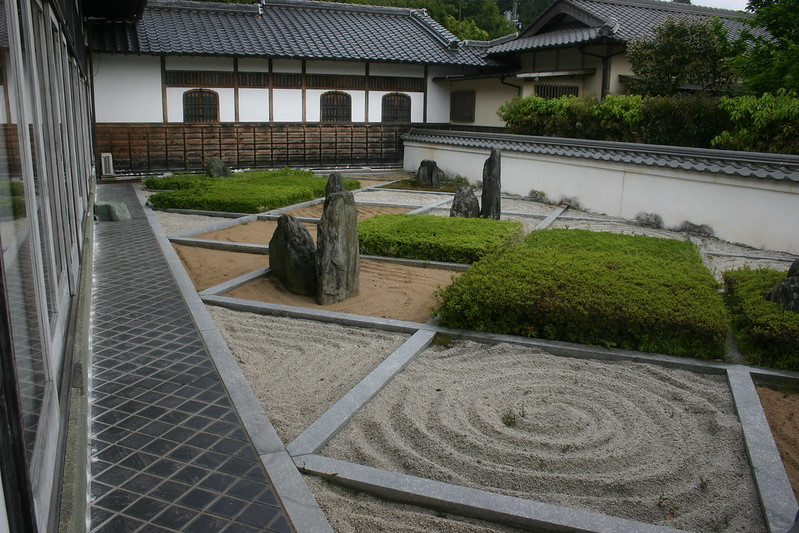 Zen Garden made from sand, gravel, and rocks. Photo by Timothy Takemoto on www.flickr.com.